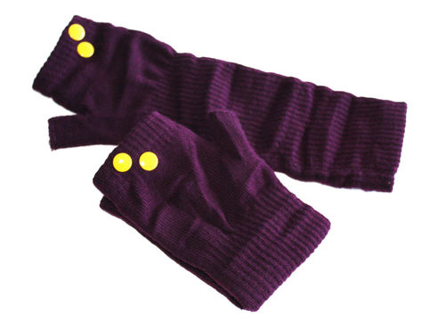fingerlesse gloves rivet aubergine yellow